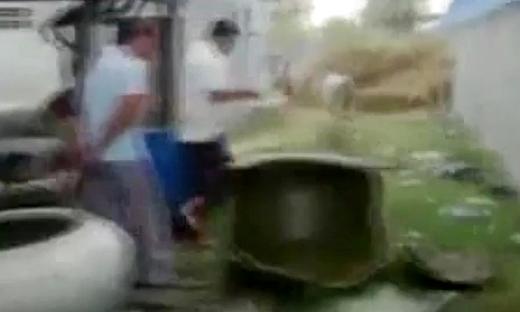 柬埔寨版司马光砸缸,小伙伴们都惊呆了!